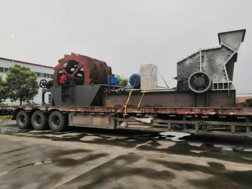安徽阜阳西甲有多少轮洗砂机发货现场——雨天发货就是任性